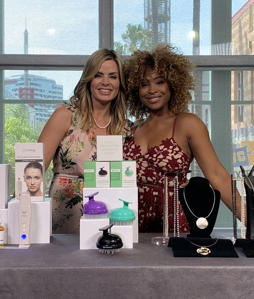 'Extra's' Pop-Up Shop: Facial Scrubbers, Shampoo Brushes, and Pearl Necklaces