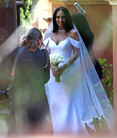 8c84c30d96ebc Pic! Cheryl Burke Marries Matthew Lawrence