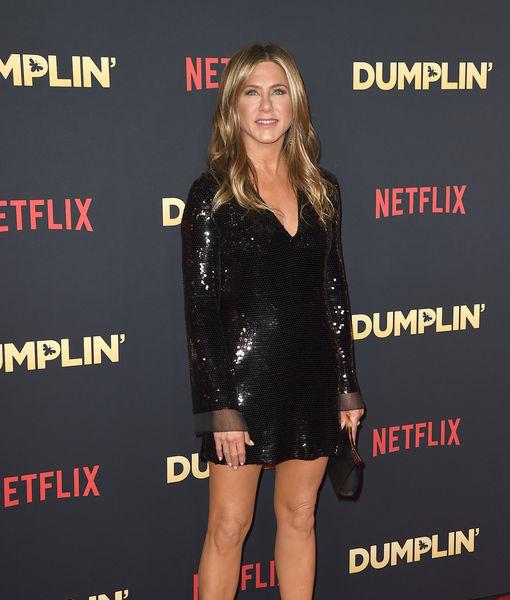 Jennifer Aniston Surprises 'Friends' Fans at Central Perk… and It's Hilarious!
