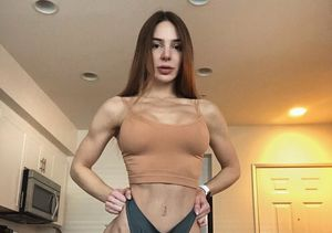 Reality Star Anfisa Nava Shows Off Her Amazing Abs and Spills…