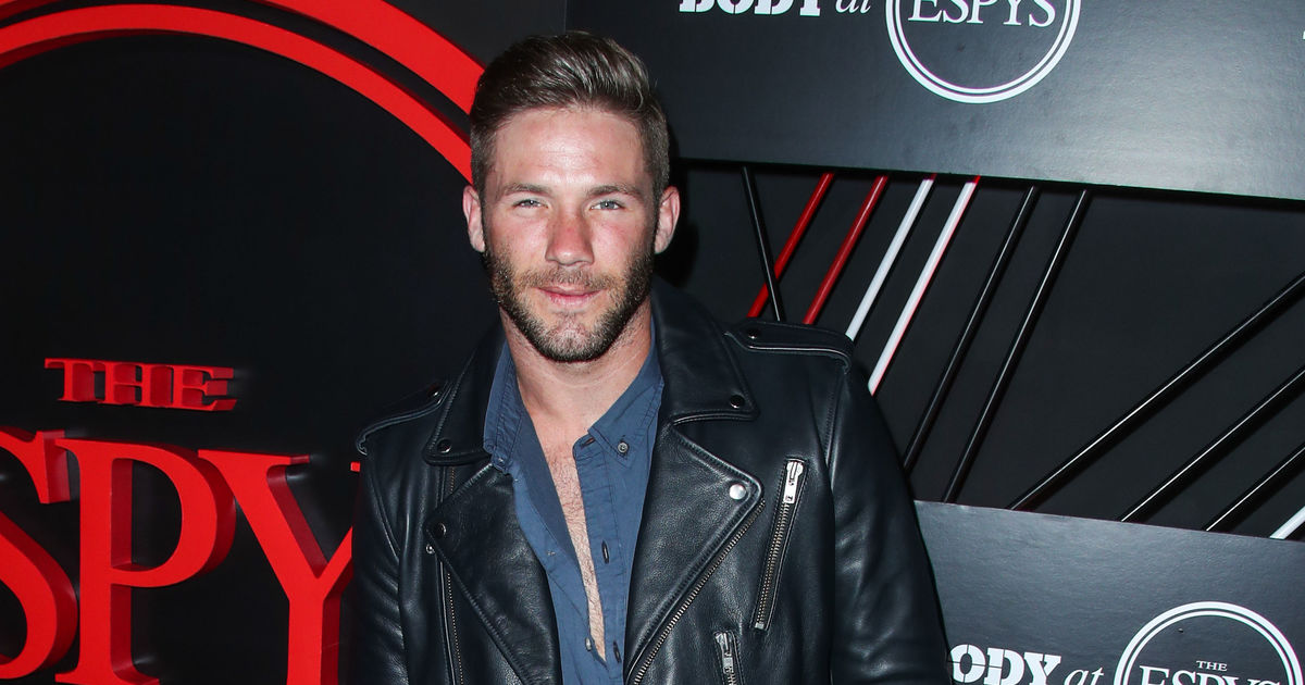 Julian Edelman Opens Up About Fatherhood It S Amazing