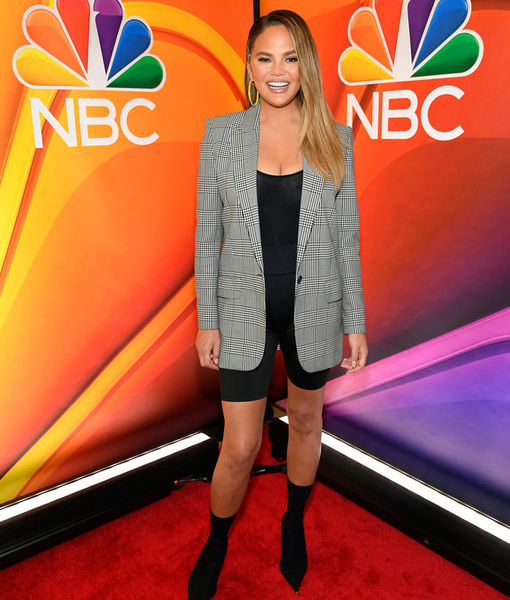 Chrissy Teigen on Convincing Her 'Bring the Funny' Co-Star Jeff Foxworthy to Join Instagram