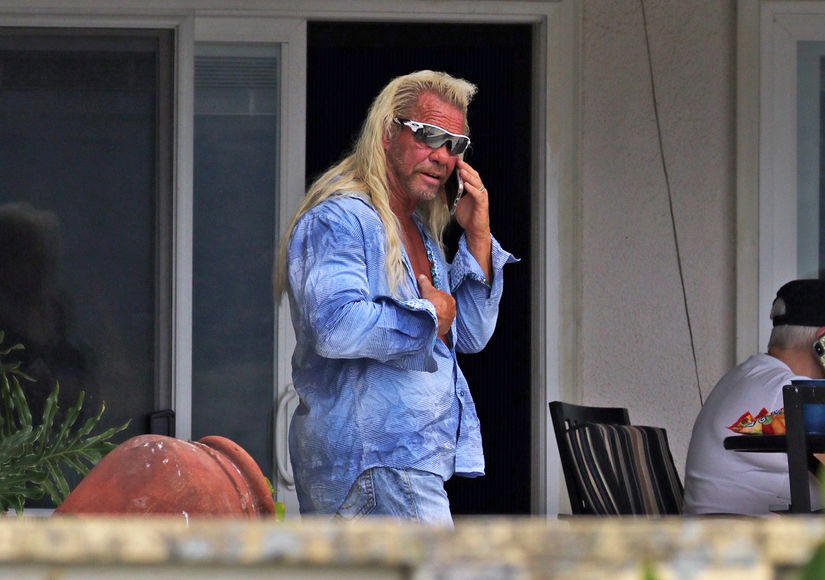 Dog the Bounty Hunter Seen for the First Time Since Beth Chapman's Death as Fans Gather at Memorial Site