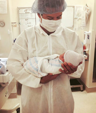 reputable site 2cce1 96df8 Courtney   Mario Lopez Welcome Baby ...