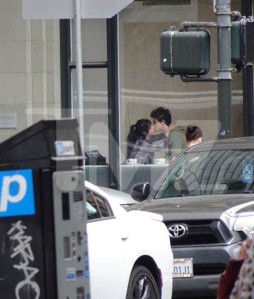 Pic! Shawn Mendes & Camila Cabello Spotted Kissing in San Francisco