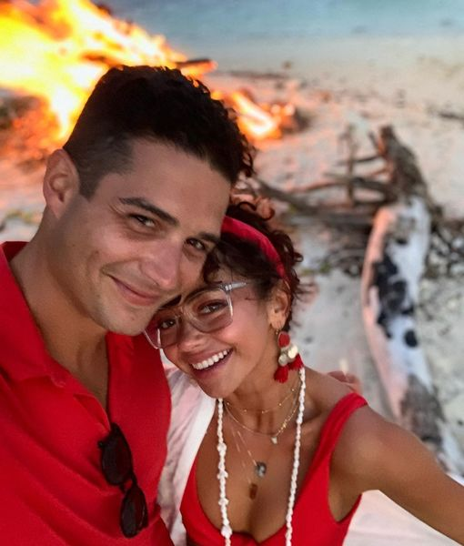 Are Sarah Hyland & Wells Adams Marrying Next Year? Plus: Her Pick for…