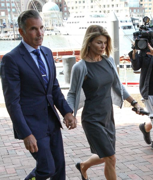 Lori Loughlin & Mossimo Giannulli Resign from Country Club