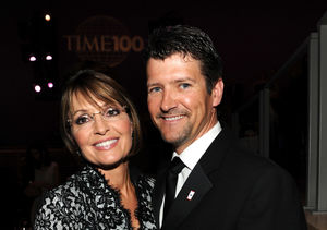 Sarah & Todd Palin Finalized Divorce Earlier This Year After 31 Years of…