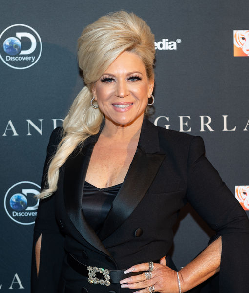 'Long Island Medium' Teaser! Theresa's Single, Victoria's in Love, and Lots of Star Readings