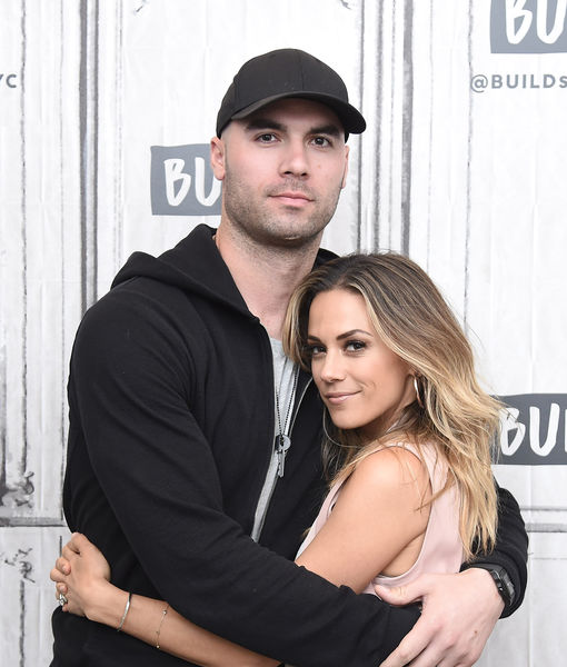 Jana Kramer & Mike Caussin Speak Out to 'Extra' After She Makes a…