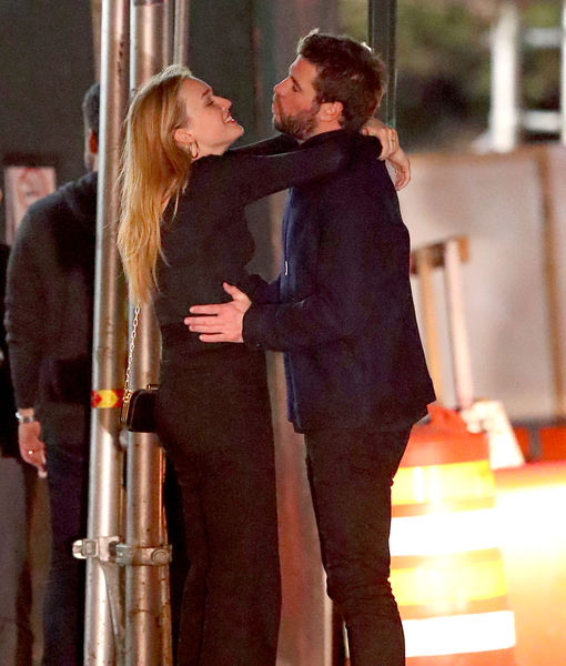 Liam Hemsworth & Maddison Brown Pack on the PDA
