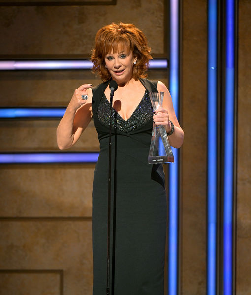 Reba McEntire's Heart Breaks for Kane Brown, as She Reflects on Losing Band…