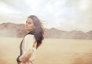 Rain Phoenix's Solo Debut Pays Tribute to Late Brother River