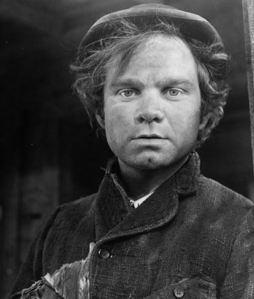 Michael J. Pollard, 'Bonnie and Clyde' Oscar Nominee, Dead at 80
