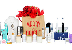 Win It! A Winter Beauty Gift Bag
