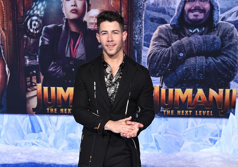 What Will Nick Jonas Give Priyanka Chopra for Christmas?