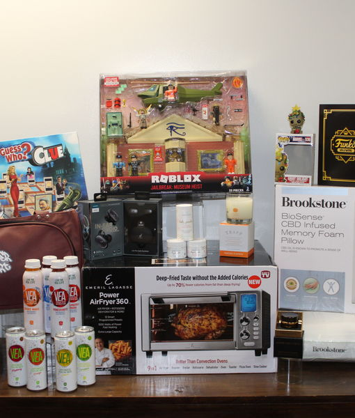 Win It! A Holiday Prize Pack