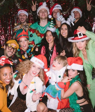 Taylor Swift Celebrates 30 with Star-Studded Holiday Party, Plus: See…