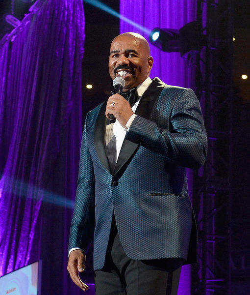 Steve Harvey Reacts to Kenan Thompson's 'SNL' Impersonations