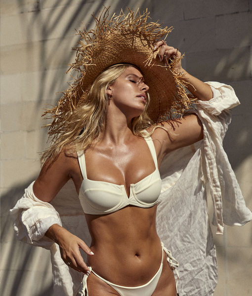 Natasha Oakley on Getting a Bikini Body... Without Skipping Dessert!