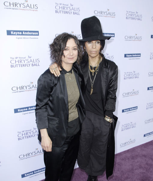 Sara Gilbert & Linda Perry Separate