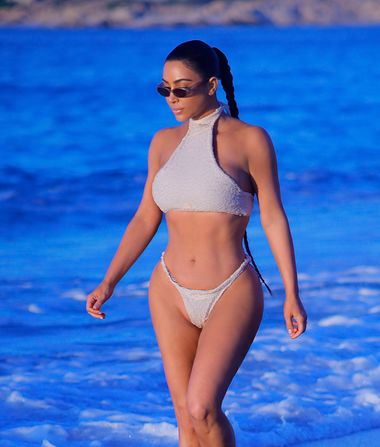Kim Kardashian Shows Off Her Bikini Body in Mexico