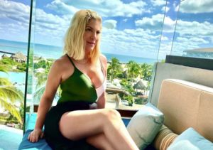 Vacay Vibes! Tori Spelling Is Heating Up Winter