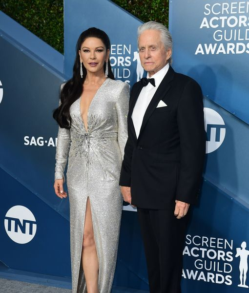 Vacay Mood! Why Michael Douglas & Catherine Zeta-Jones Missed the Golden…