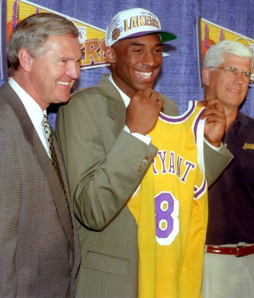 Jerry West Says Kobe's Parents & Sisters Are 'Traumatized' by His…