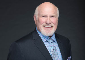 The FOX Sports Team Talks Super Bowl, Plus: Terry Bradshaw & Troy Aikman on…