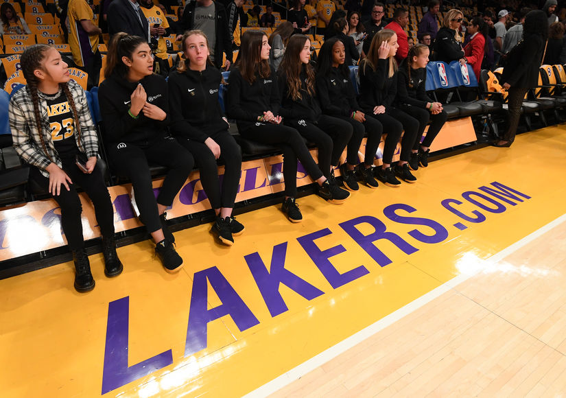 Gianna's Mamba Teammates Appear at Lakers Game to Honor Her