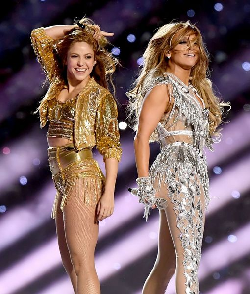 Jennifer Lopez & Shakira — and J.Lo's Daughter! — Team Up to Slay Halftime