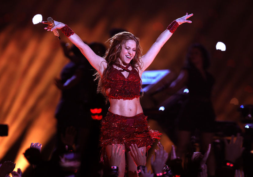 How Shakira Got Those Amazing Arms and Abs for the Super Bowl