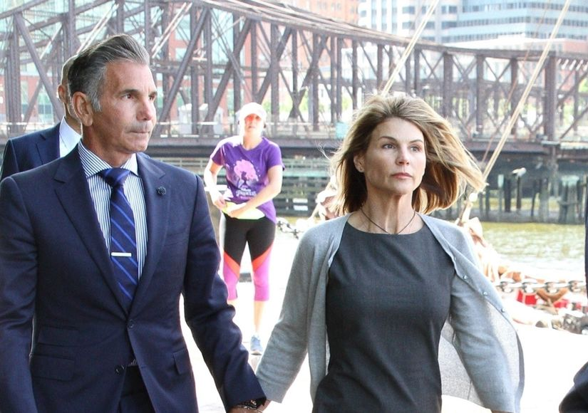 Exonerating Evidence? How Lori Loughlin's Legal Team Is Trying to Prove Her…