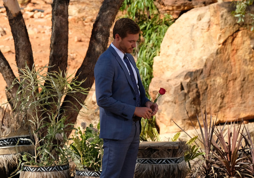 Billy Throws a 'Bachelor' Finale Viewing Party