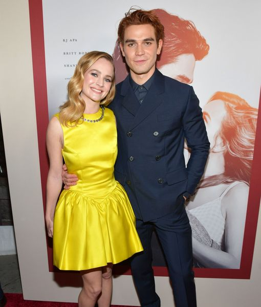 'I Still Believe' Stars KJ Apa & Britt Robertson Rave About Each Other,…