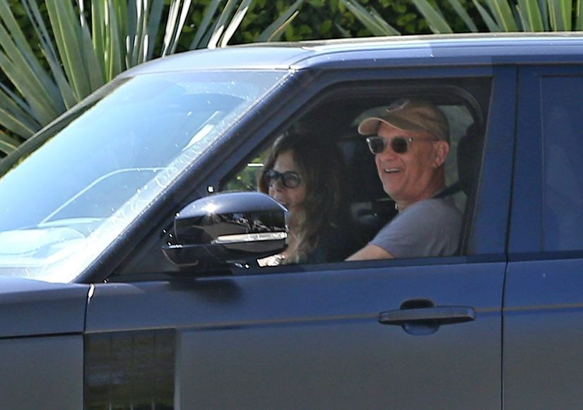 Tom Hanks & Rita Wilson Return to L.A. After Recovering from COVID-19