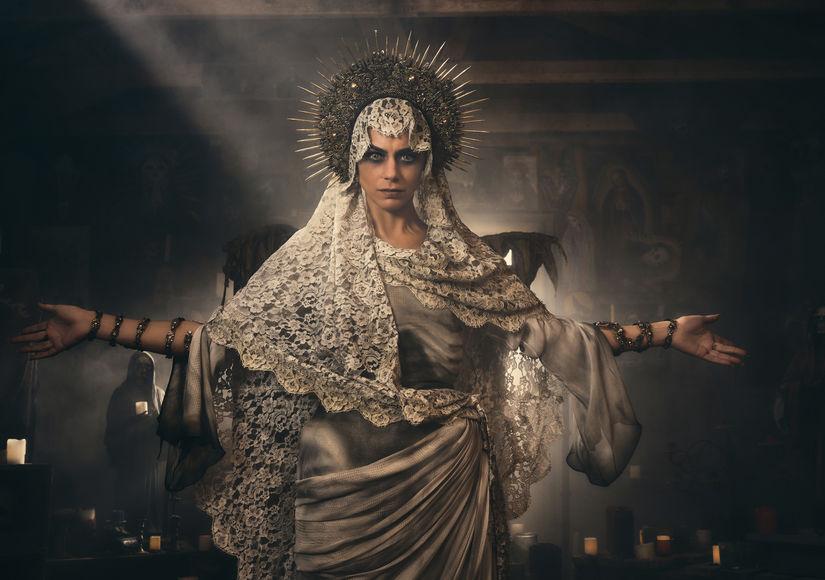 Lorenza Izzo on Her Terrifying Turn as Santa Muerte in 'Penny Dreadful: City…