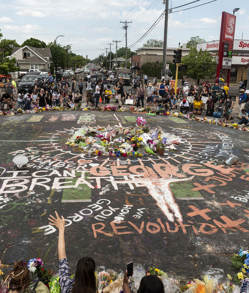 Powerful Images from Peaceful Protests Honoring George Floyd