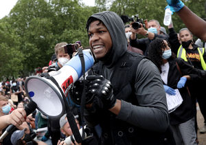 'Star Wars' Actor John Boyega Gives Impassioned Speech at Black Lives…