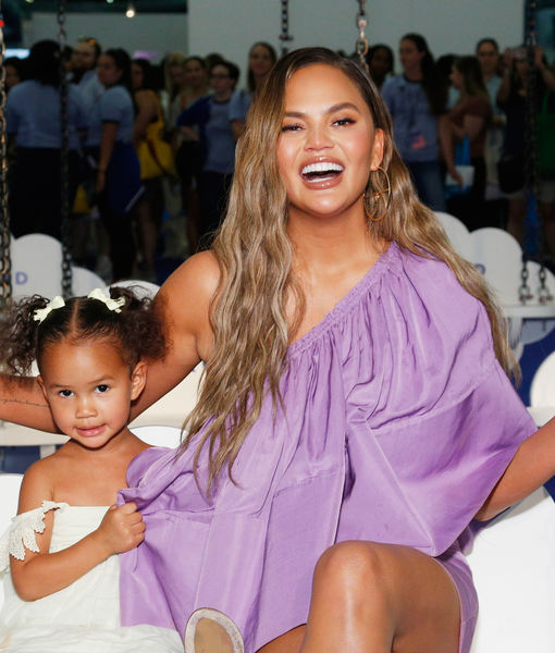 'Bye Boobies': Chrissy Teigen Shares Cute Card from Luna After Having…