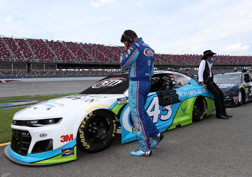 Bubba-Wallace-GettyImages-1251382992