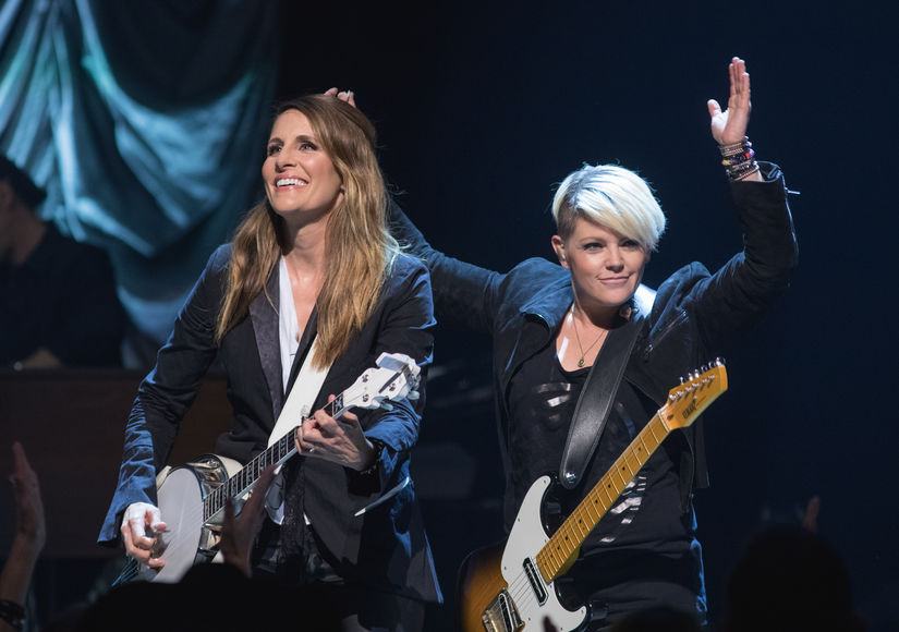 Dixie Chicks Announce Name Change to 'Meet this Moment'
