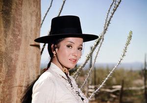 'High Chaparral' Star Linda Cristal Dead at 89