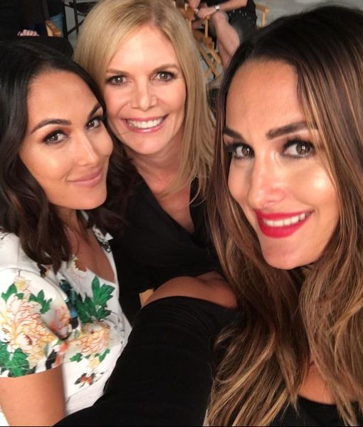 Nikki & Brie Bella's Mom Undergoes Brain Surgery