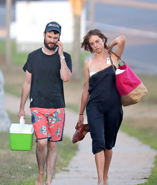 Pic! Is Tom Sturridge Dating Uma Thurman's Daughter Maya Hawke?