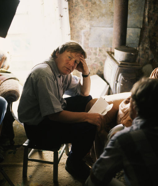 Alan Parker, Director of 'Midnight Express,' 'Fame,' 'Evita,' Dead at 76