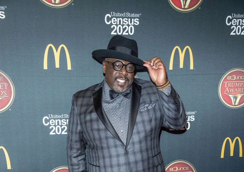 Cedric the Entertainer Explains How 'The Neighborhood' Will Address Social…