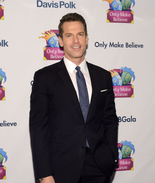 Thomas Roberts Named Host of 'DailyMailTV'