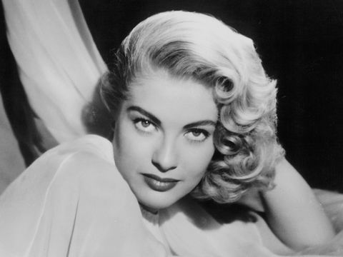 Lori Nelson, Glamorous '50s Starlet, Dead at 87